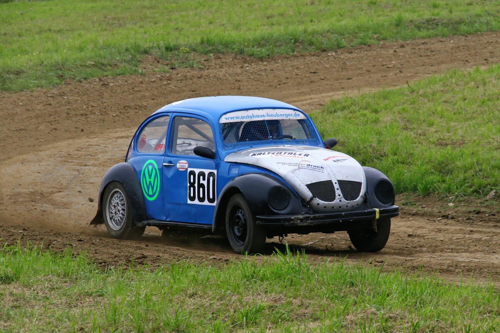 rally-841423_1920